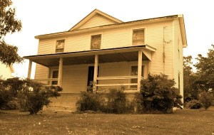 Photo By Nelson County Life ©2005-2008 : The boyhood home of Earl Hamner in Schuyler, Virginia. The old home is currently being restored.