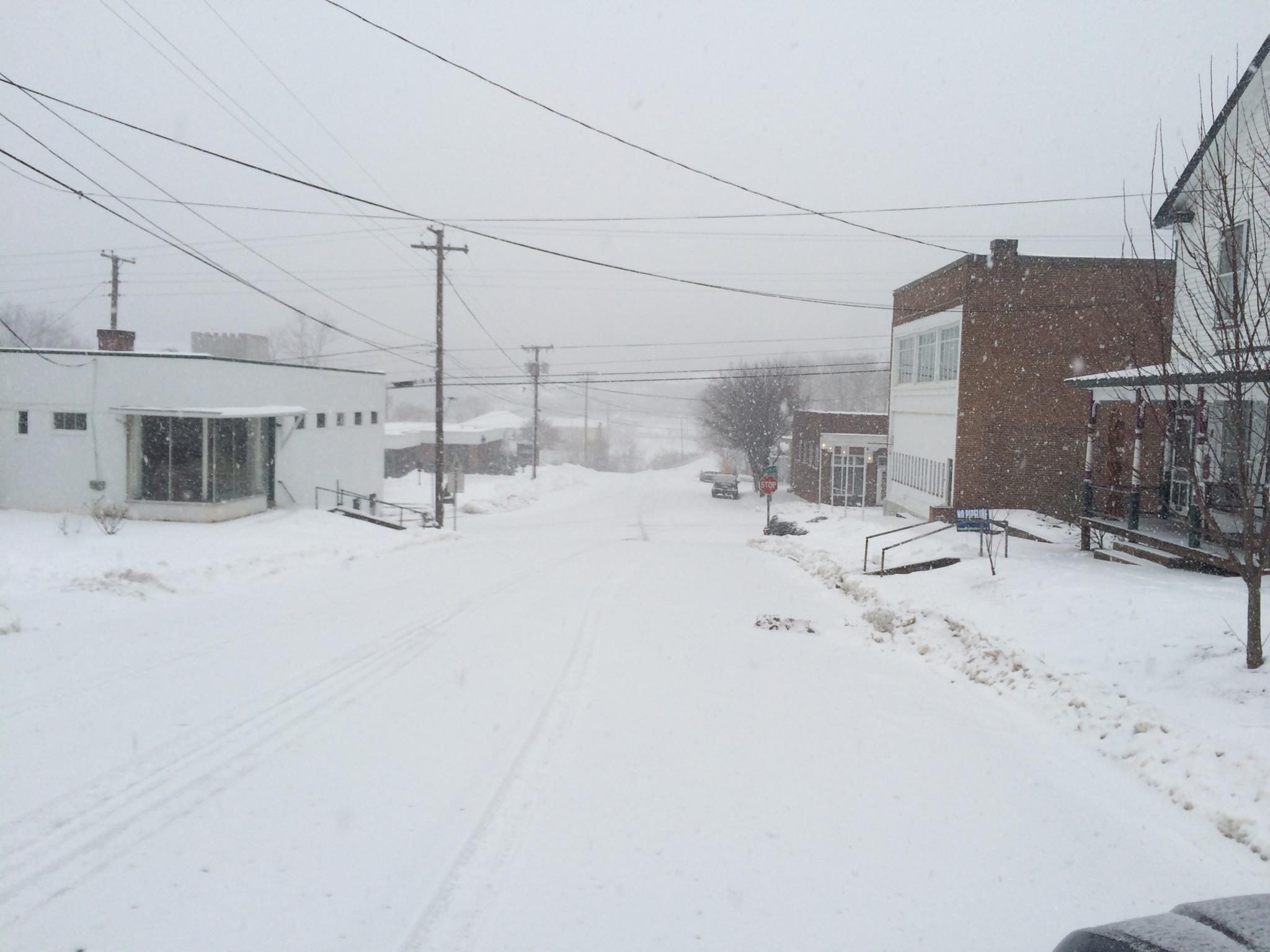 Round Two Of Winter Arrives In The Blue Ridge - Heavy Snow Hits