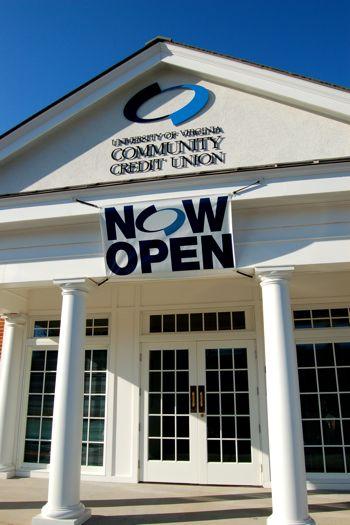 Nellysford : UVA Community Credit Union Opens