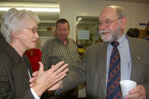 """""""Dr. Bob"""" Raynor Wraps Up 50 Years As Nelson Doctor"""