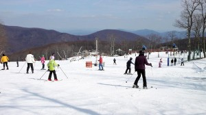 Photos by Paul Purpura : 2009 NCL Magazine : Skiers and snowboarders pack the slopes over the President's Day Weekend at Wintergreen.