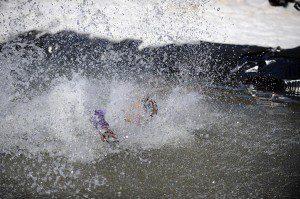 2009-03-22-b01-ptp-pond-skimming-contest-fin-0397-01