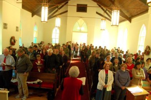 Hamner was greeted by a packed house at The Schuyler Baptist Church Saturday morning.
